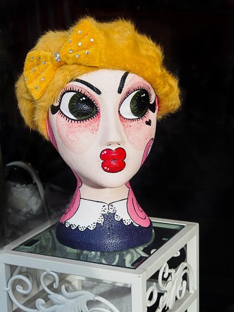Dolls Head